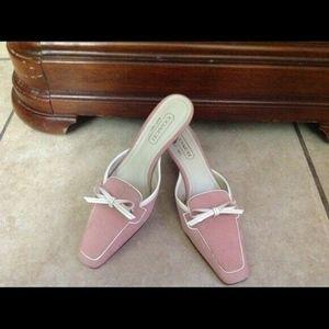 Cute COACH Pink Suede Slip On Kitten Heels sz 5 B
